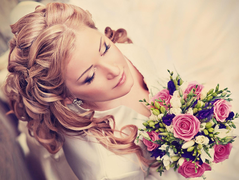 The Best Wedding Hairstyles For Fall